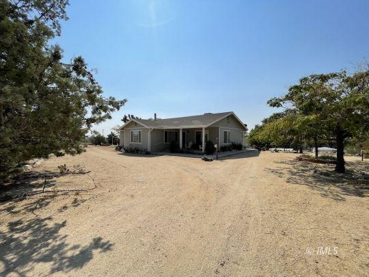 680 Shahar Ave, Lone Pine, CA 93545