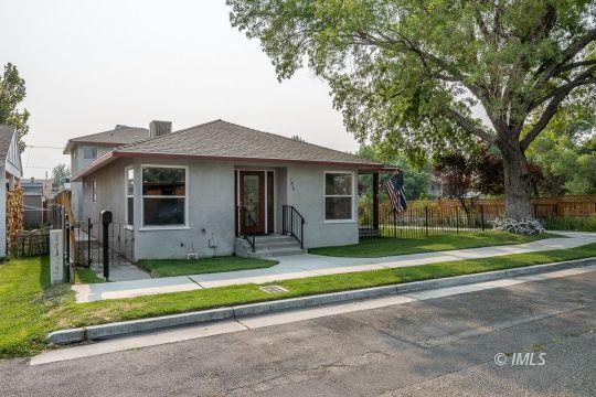 186 Iris St, Bishop, CA 93514