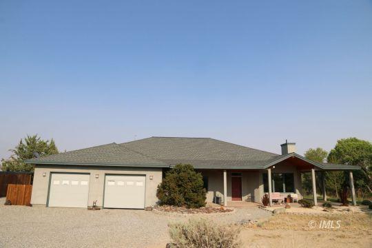 1054 Hunter Road, Lone Pine, CA 93545